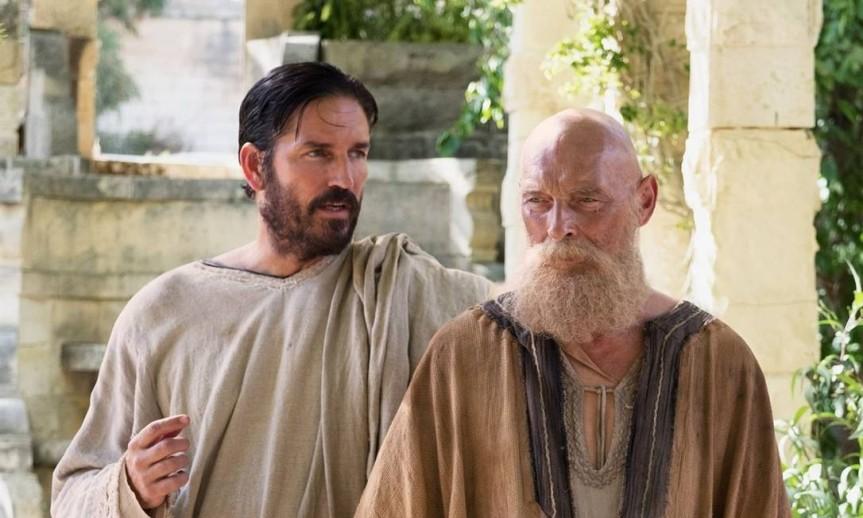 Cena-do-filme-Paulo-apostolo-de-Cristo